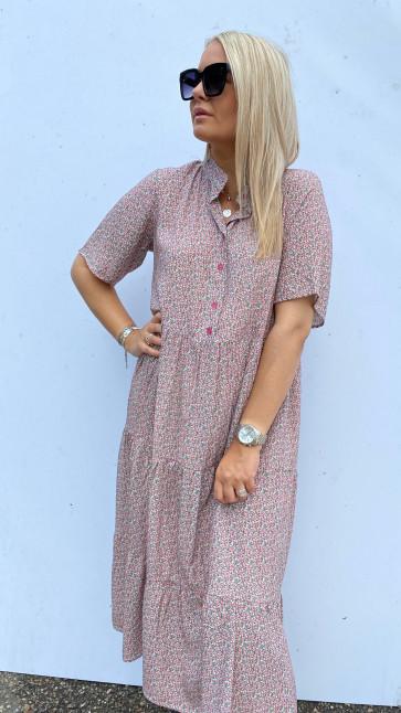 Noella | Lipe Long Dress w short sleeve i Rosa